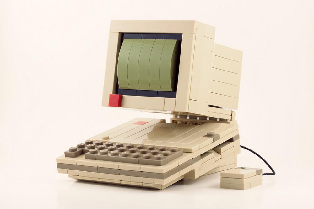 8 старых технологий, которые сегодня сформировали наш цифровой мир