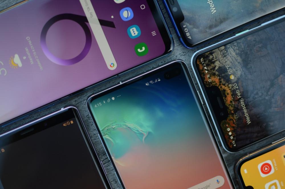 Топ-10 лучших безрамочных смартфонов в 2019 году