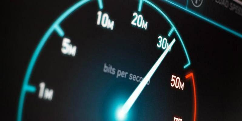 Как увеличить скорость интернета Windows 10?