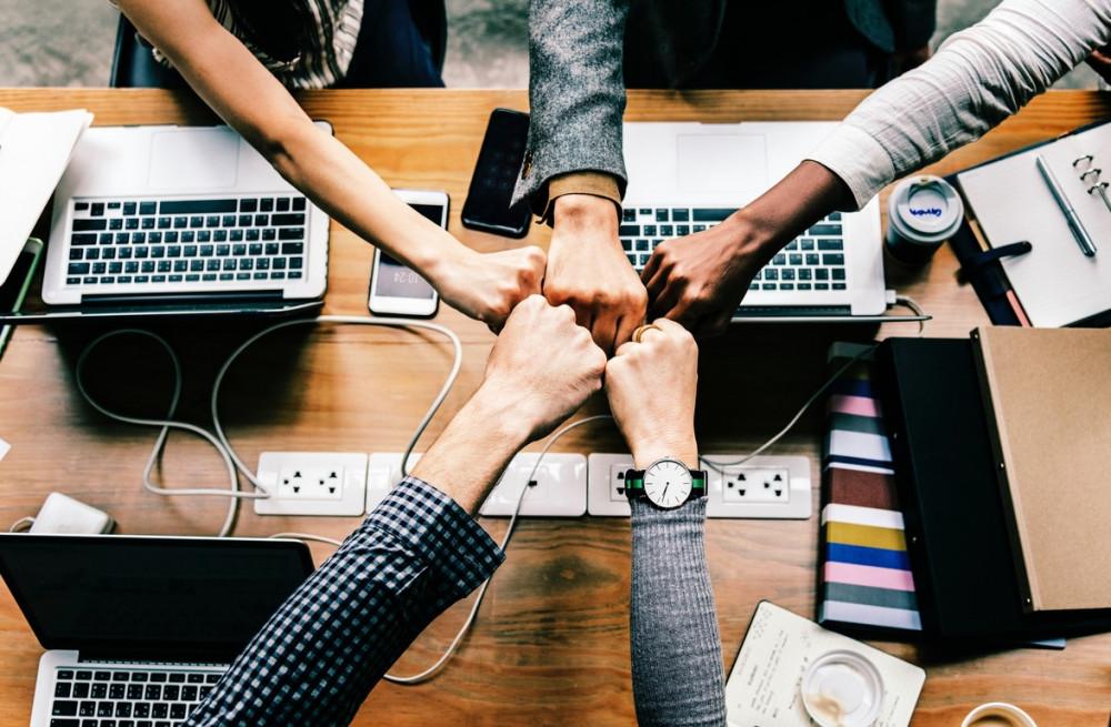Навыки общения и работа в команде