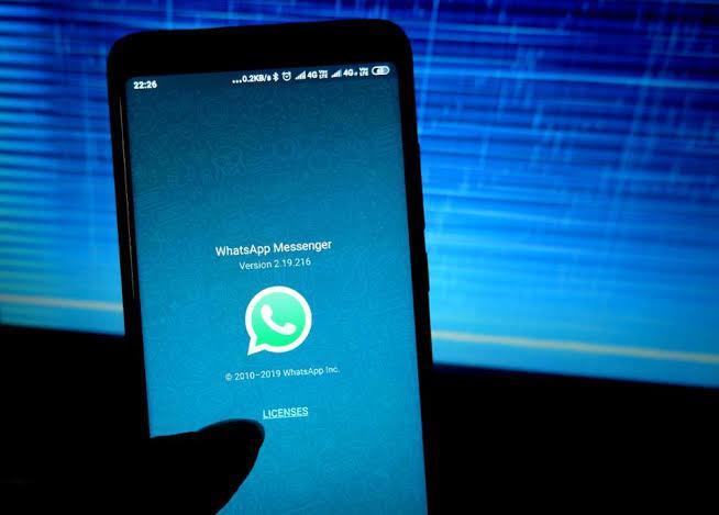 Взлом с помощью WhatsApp